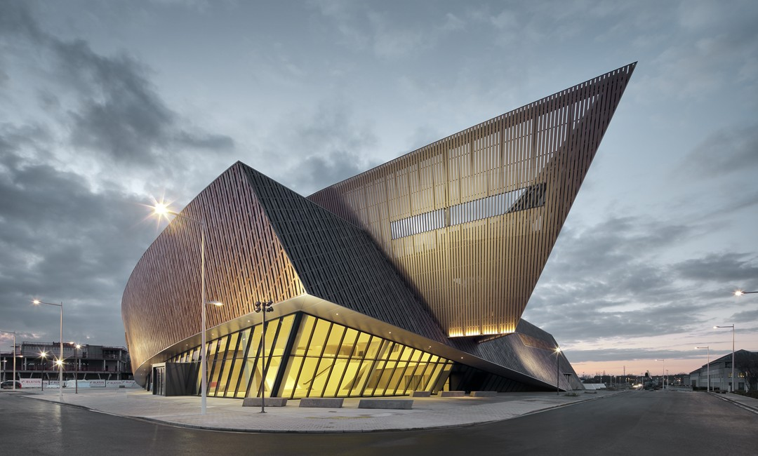 Amazing Buildings and Architectural Designs (14)