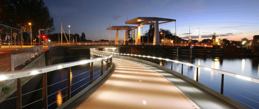 bicycle_bridge_Haarlem_Buitenrust_ipvDelft_MG_2457B-1500x630
